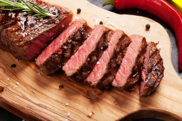 Benefícios ao comer carne: entenda quais são as principais vantagens